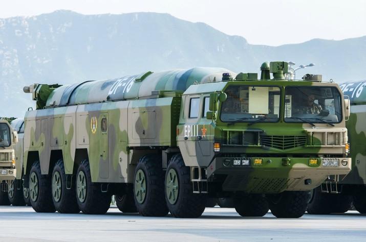 DF-16 SRBM in parade