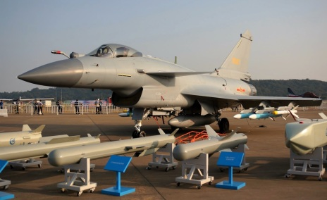 Chengdu J-10B and its weapon suite at Zhuhai Airshow
