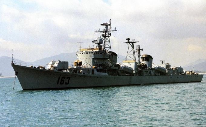 Type 051 Luda DDG-163 Nanchang