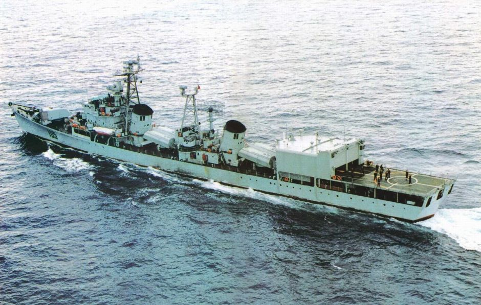 Type 051 Luda-II DDG-105 Jinan