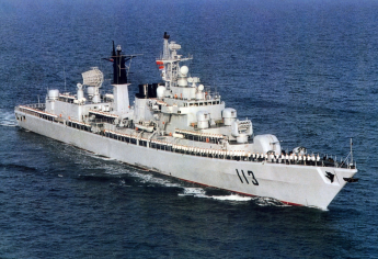 Type 052 Luhu DDG-113 Qingdao old